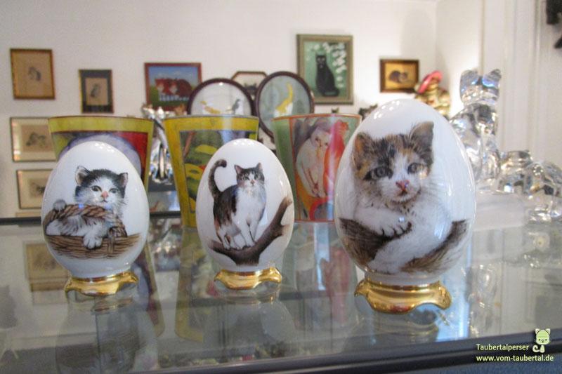 Handbemalte Eier mit Katzenmotiv