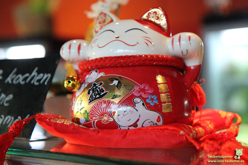 Maneki Neko, Taubertalperser, Winkekatze, Glückskatze, Katzenblog