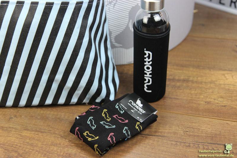 MyKotty Socken, Trinkflasche